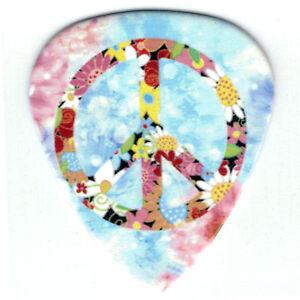 12-Bulk-Pick-Pack-PEACE-LOVE-HAPPY-FLOWER-Power-Medium-Gauge-Guitar-Picks-Hippy