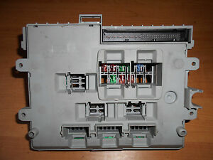 BMW-120d-2005-Sicherungsbox-Fuse-box-Control-Unit-ECU-6906607-03