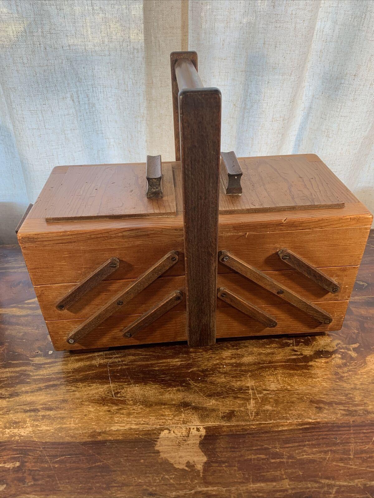 Hobby /& Gift Wooden Cantilever Medium 3 Tier Craft Storage Box Light Wood