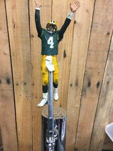 Green-Bay-PACKERS-Tap-Handle-BRETT-FAVRE-Beer-Keg-NFL-Football-Green-Jersey-Arms