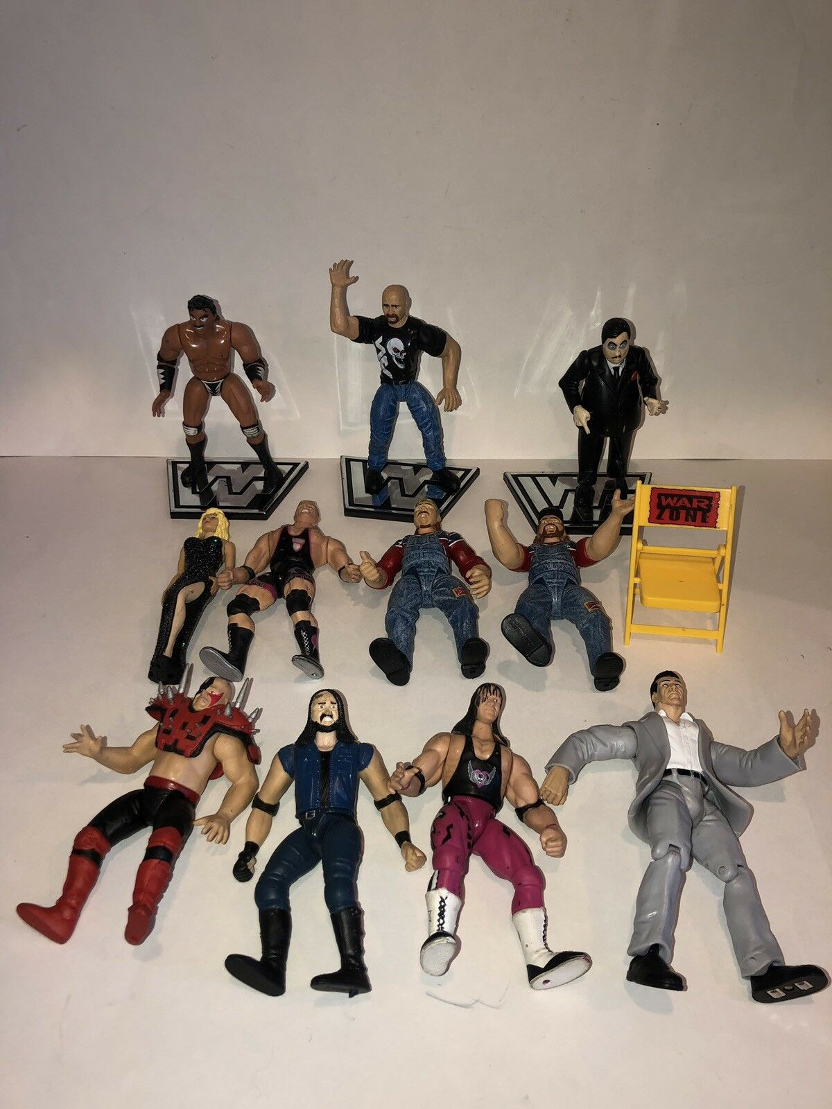 WWE WWF Wrestling Figures Lot of 11 96'-99' Pall Bearer Sable Crush Road Warrior
