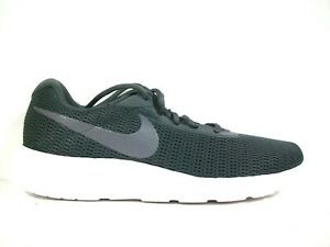 Nike TANJUN RACER Der perfekte Begleiter für den Sommer
