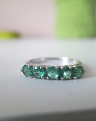 Smaragd Weiss Gold 375 Ring  neuwertig Juwelo