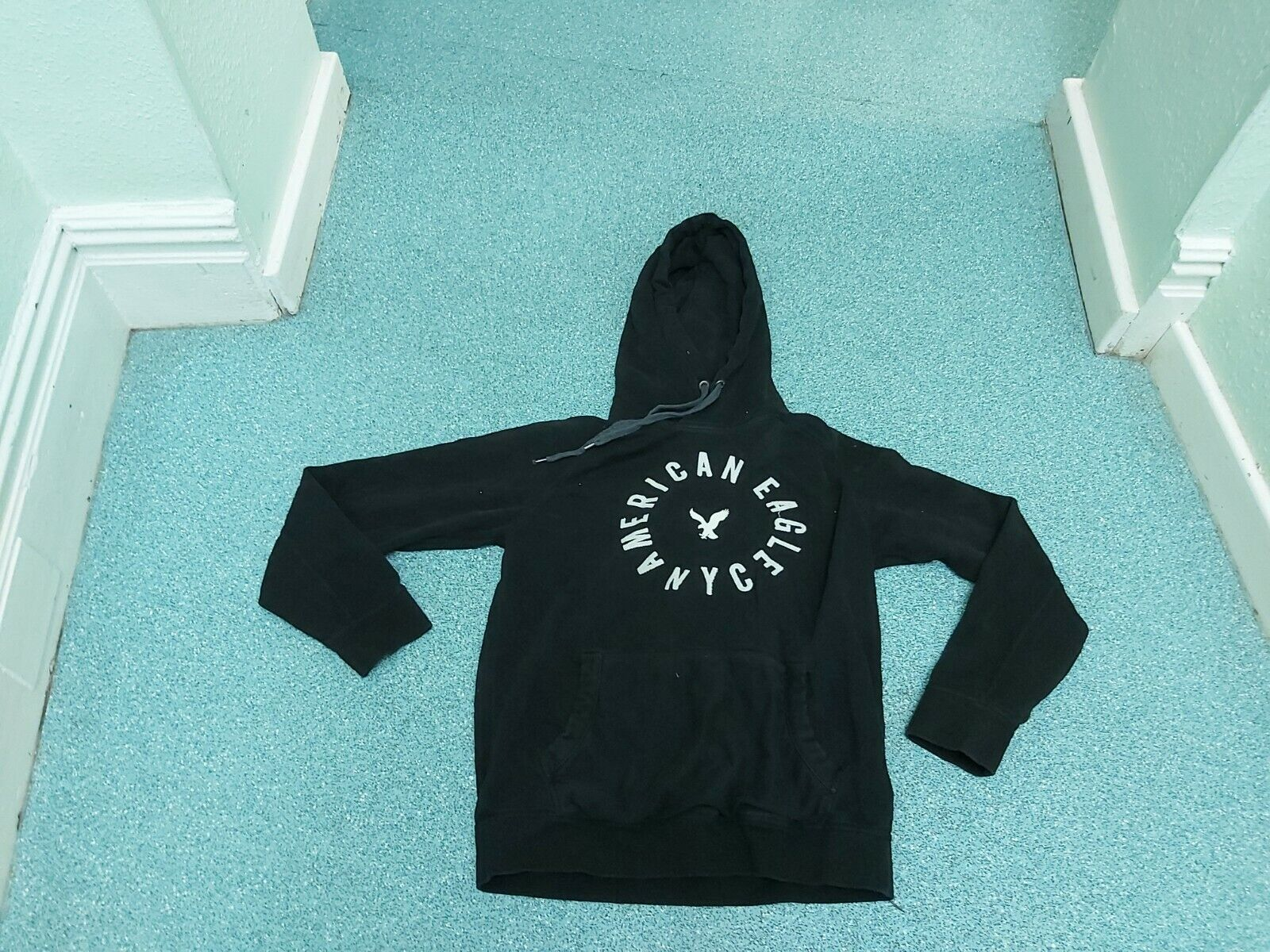 American Eagle Outfitters Small Mens Black Hoodie