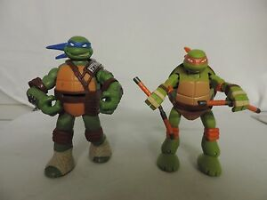 2 2012 Teenage Mutant Ninja Turtles Action Figures Lot Leo And