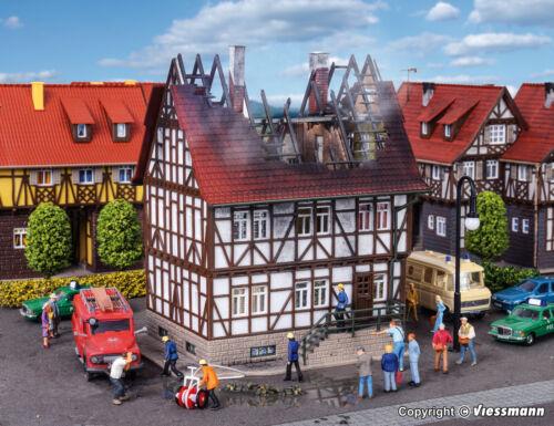 Vollmer H0 43728  Brennendes Haus NEU//OVP