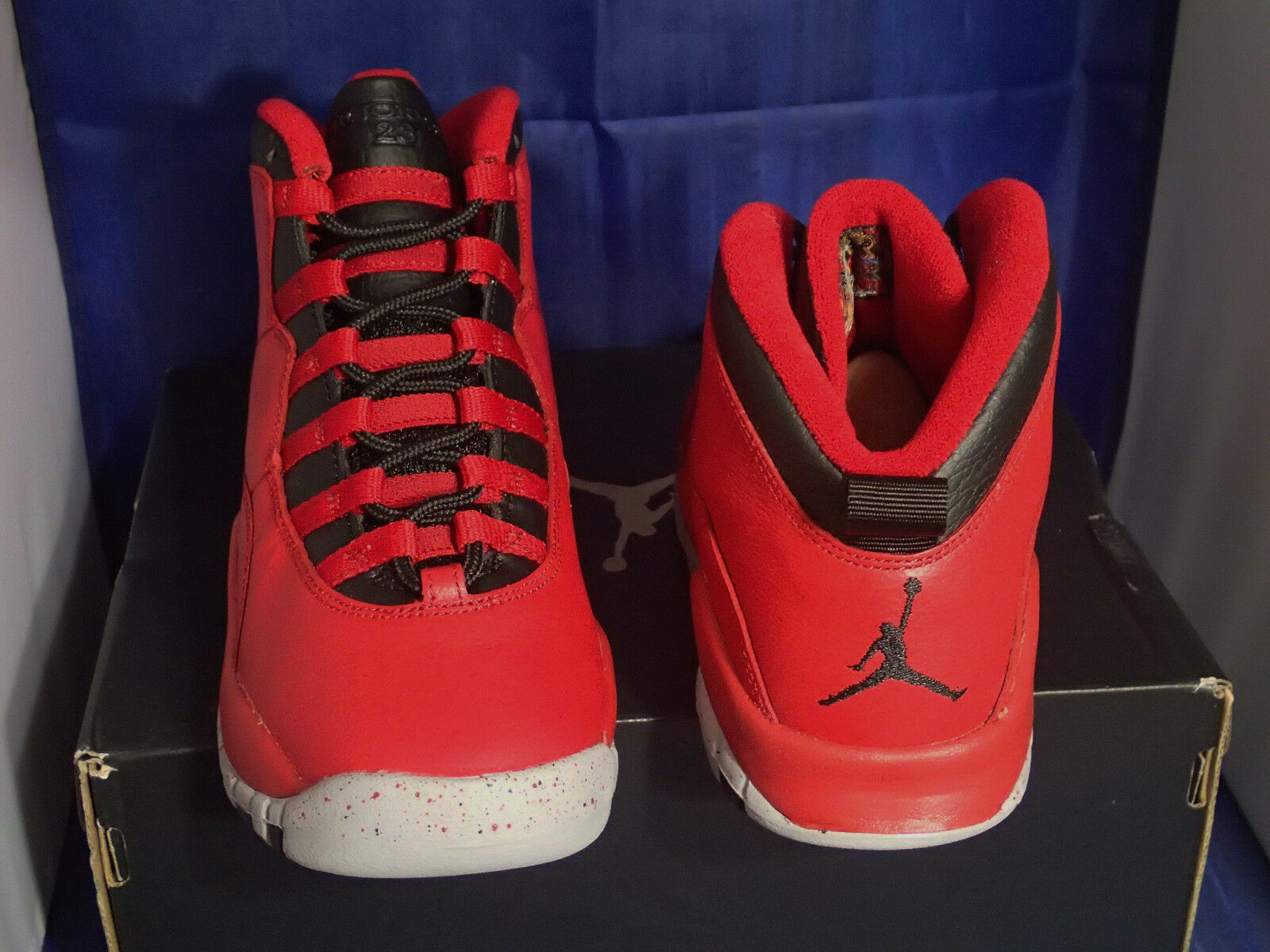 Nike Air Jordan 10 x Rétro Bulls Bulls Bulls Over Broadway Taglie 9.5 (705178-601) | una vasta gamma di prodotti  | Maschio/Ragazze Scarpa  c9c3a6