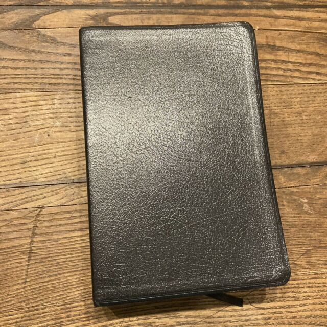 Holy Bible Reflecting God Study Bible NIV Zondervan Leather Nice 2000
