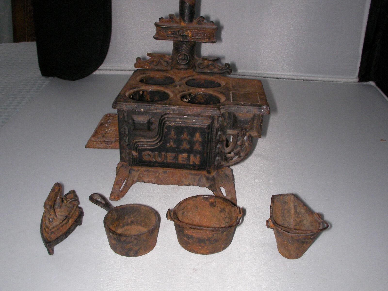 Antique Cast Iron Kitchen coal burning Stove pots pans trivet salesman sample