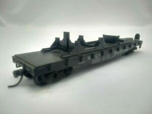 HO Scale ATHEARN 40' FLAT CAR w/ PLANE BRACE - Nickel Plate Road - NKP #1958