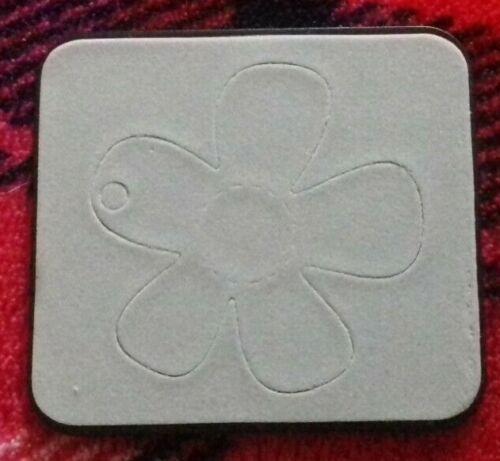 Sizzix Sizzlits DIE Cortador flor etiqueta se ajusta Cuttlebug /& Big Shot