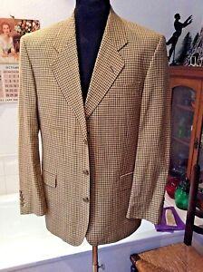 faf0815a4ae5 Yves Saint Laurent ~ beige fine linen wool check non vent 3 button ...