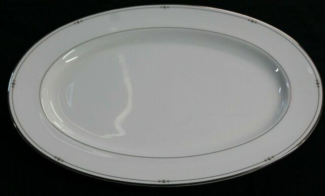 2004 ROYAL DOULTON Bone China Precious Platinum Oval Serving Platter SUPER CLEAN