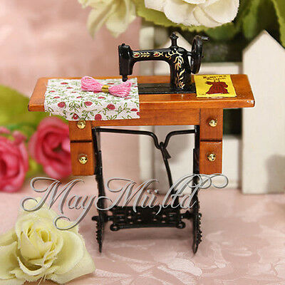 Miniature Treadle sewing machine gold Dollhouse floral decoration in box 1/12 CA