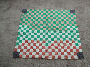 HANDMADE-HAND-TIED-PATCHWORK-QUILT-BABY-QUILT-LAP-THROW-PRE-OWNED-38x42