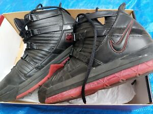222e6a55df6a Image is loading NIKE-ZOOM-LEBRON-3-III-BLACK-VARSITY-CRIMSON-