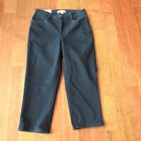 Women's Laura Ashley Capri/cropped Dark Blue Jeans, Size 6, With Tags