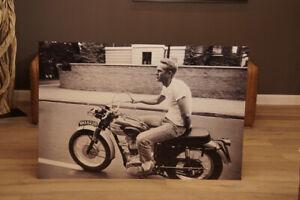 Wandbild-Steve-Mcqueen-Motorrad-Foto-Alu-modernen-Lofts-Deko-Triumph-Bonneville