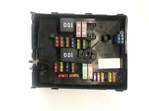 image is loading 2010-2014-volkswagen-gti-engine-bay-fuse-box-