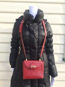 Vintage-Salvatore-Ferragamo-Small-Shoulder-Red-Bag-BR213242-Made-in-Italy