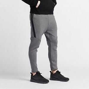 3be495342082 ... Image is loading Brand-New-Nike-Tech-Fleece-Cropped-Joggers ...