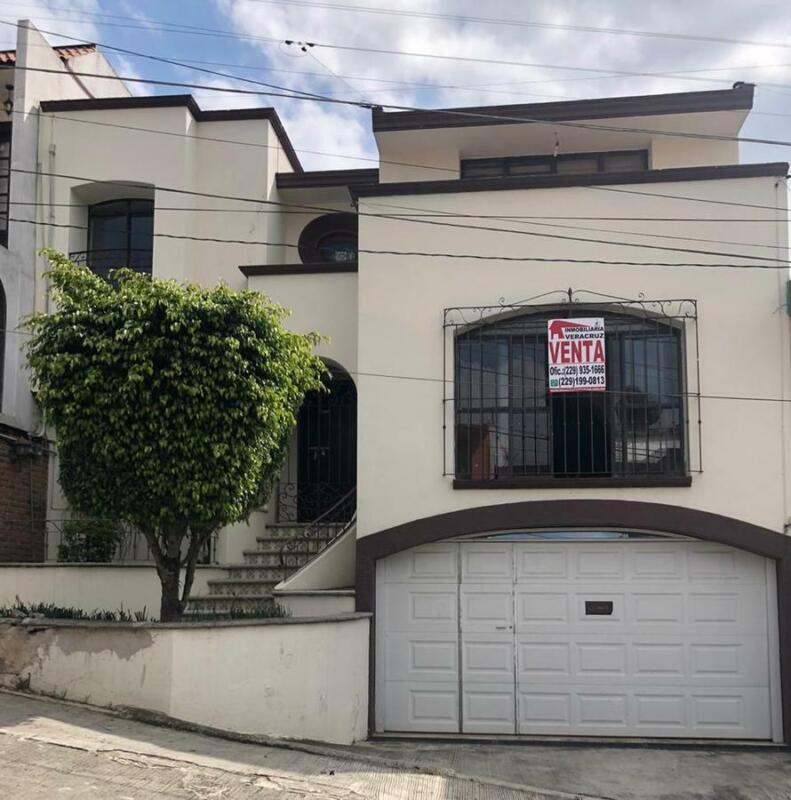 Casa en venta - Col. Cuauhtémoc, Xalapa