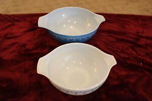 Vintage Pyrex Set of 2 Cinderella Garland Snowflake Blue White Mixing Bowls