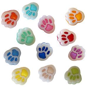 50-Baeren-Tatzen-Pfoten-Knoepfe-in-verschiedenen-Farben-10-12mm-Sondergroesse