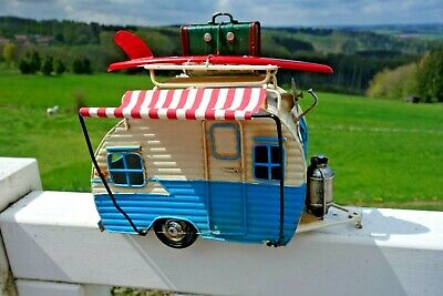 Nostalgie Wohnwagen Caravan Blech Camping Wagen Retro Antik Look 20x23x12 cm NEU