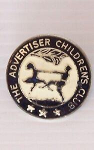 VINTAGE-THE-ADVERTISER-CHILDREN-039-S-CLUB-SOUVENIR-LAPEL-PIN-METAL-TIE-HAT-BADGE