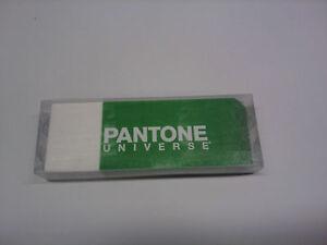 GOMMA-VERDE-BIANCA-PANTONE-UNIVERSE-I-LUNGA-14-CM-X-5-CM-ALTA-2-CM