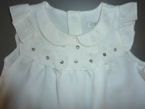 Perfect for Christening NWT MAMAS /& PAPAS Beautiful Floral Romper