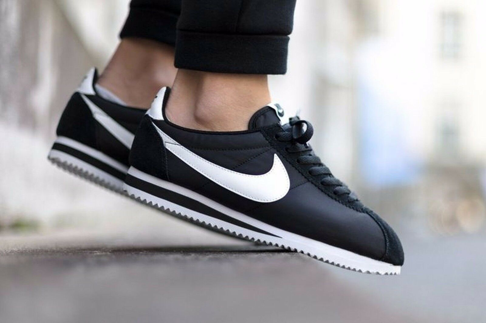 Nike Cortez Basic Leather 819719-012 Mens Sz 12 Black   White   Metallic Silver