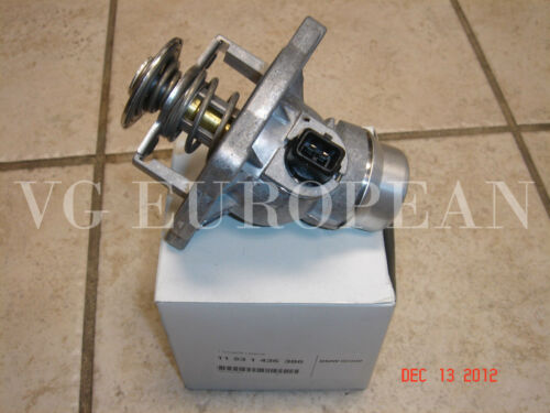 BMW E39 E38 E53 X5 Genuine Cooling Thermostat w//Housing /& Gasket NEW 540i 740iL
