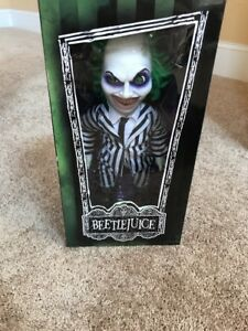 "Beetlejuice 15/"" Mega Scale Action Figure"