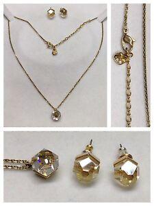 4de54d9cf785 Detalles de Swarovski Cadena con Colgante y Pendientes Bañado en Oro Joyas  de Marca Piedra