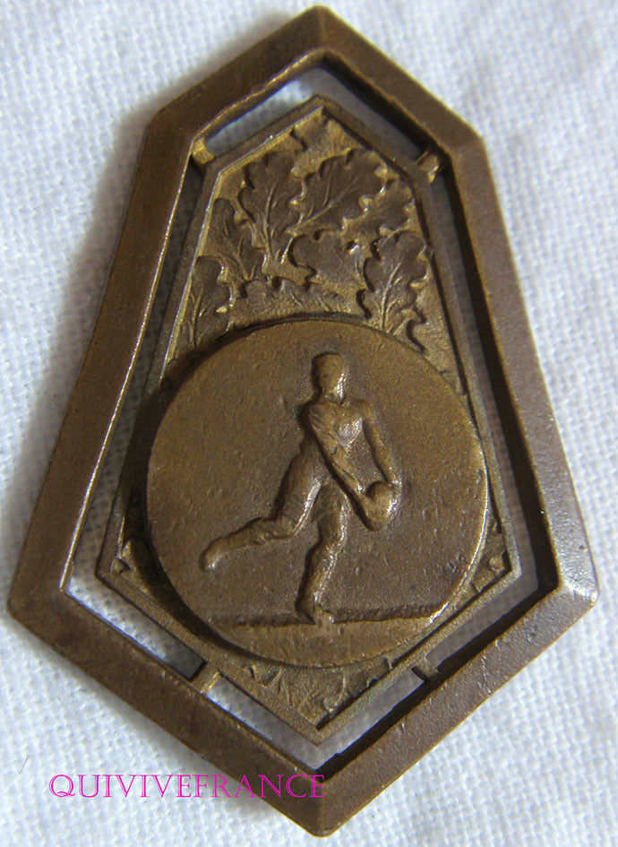 BG9155 - BADGE MEDAILLETTE RUGBY RUGBY RUGBY AUVERGNE 2f2d66