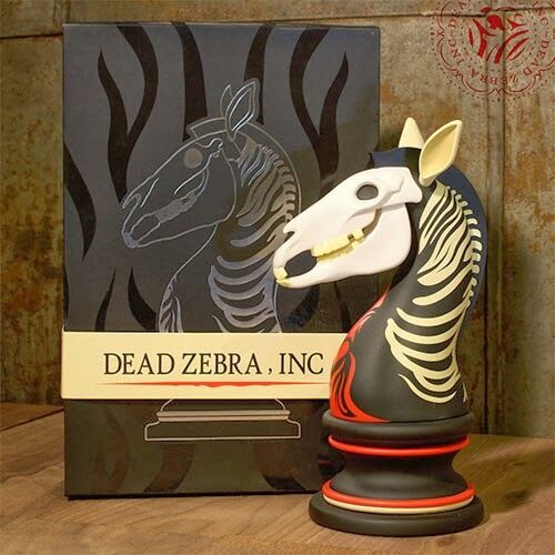 ANDREW BELL The Last Knight Dead Zebra inc 8  ART FIGURE Chess Piece 1ST EDITION