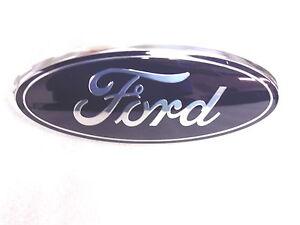 2005 2006 2007 Ford Super Duty Excursion Front Grille Emblem GENUINE OEM  F-350