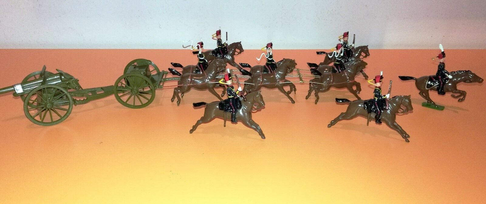 Vintage Britains Set 39. Royal Horse Artillery with and Escort Anni 50 / 60