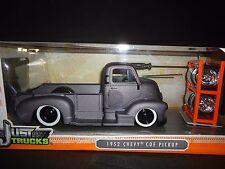 Jada Cheverolet COE Pickup 1952 Grey 1/24