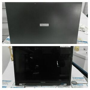 Monitor-schermo-pc-portatile-TOSHIBA-SATELLITE-M70-142