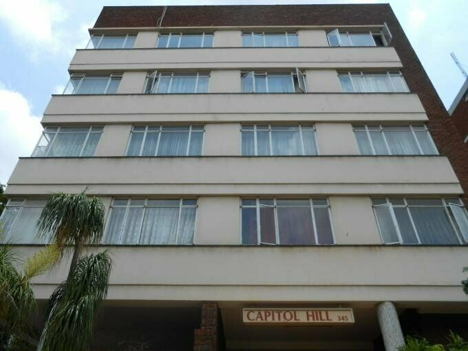 2 Bedroom with 1 Bathroom Flat/Apartment For Sale in Sunnyside Gauteng