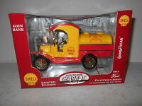 Gearbox 1912 Ford Tanker - Shell Motor Oil - 1:24 Scale - Limited Edition -