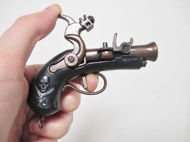 PIRATE PISTOL MUSKET Jumbo Pendant - Moving Parts Gun Novelty Metal Plastic NEW