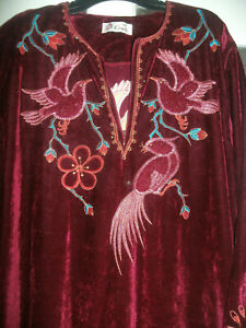 Vintage-1980s-Red-Velvet-Embroidered-maxi-Boho-Hippy-Dress-Size-L