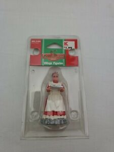 Lemax village collection coventry cove Mrs. Claus 2005 #52012 new retired 2019