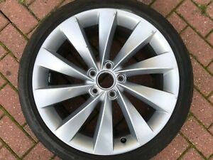 Genuine-OEM-Volkswagen-Scirocco-18-034-De-Rechange-Alliage-Roue-amp-Pneu-3C8601025AB