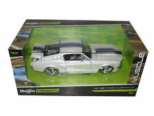 "MAISTO 1967 FORD MUSTANG GT WHITE W BLUE STRIPES ""CLASSIC MUSCLE"" 1/24 CAR 31094"