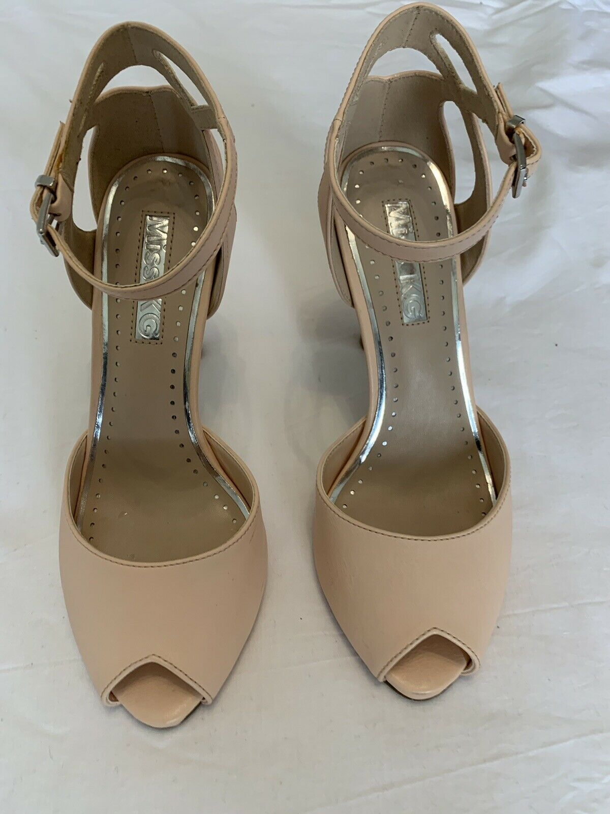 Womens shoes size 5 used Sandel